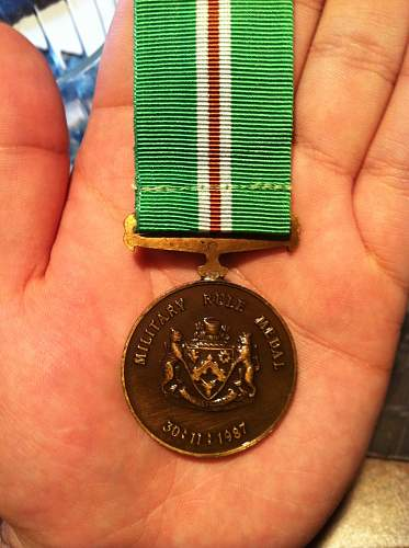 Click image for larger version.  Name:named british medals 016.jpg Views:90 Size:253.6 KB ID:334911