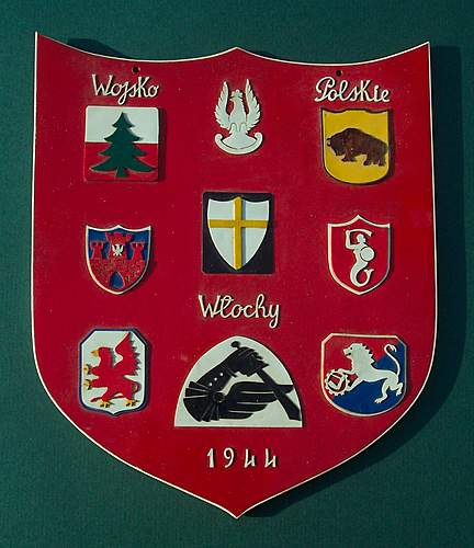 Click image for larger version.  Name:2nd Corps Plastic Insignia Shield 001.jpg Views:849 Size:185.1 KB ID:366631