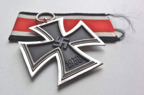 Question. New original ribbon, to hang or not to hang?