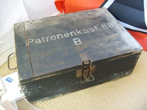 Click image for larger version.  Name:German_ww2_ammo_box_by_hardhead001.jpg Views:324 Size:57.9 KB ID:41206