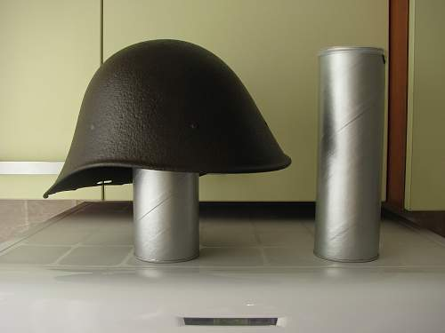 Helmet display stand