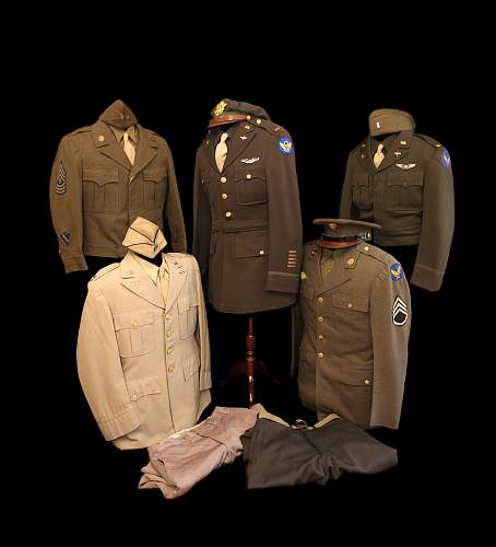 Click image for larger version.  Name:uniforms2.jpg Views:192 Size:101.0 KB ID:444604