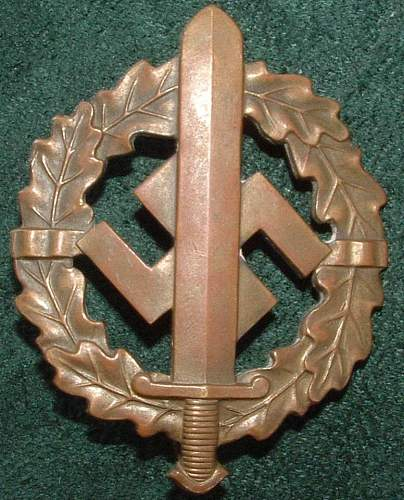 Click image for larger version.  Name:German Medal Coll (15).JPG Views:68 Size:111.4 KB ID:44599