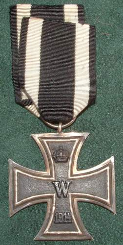 Click image for larger version.  Name:German Medal Coll (31).JPG Views:86 Size:104.4 KB ID:44604