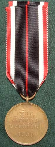 Click image for larger version.  Name:German Medal Coll (42).JPG Views:57 Size:100.3 KB ID:44610
