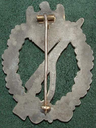Click image for larger version.  Name:German Medal Coll (81).JPG Views:72 Size:103.9 KB ID:44622