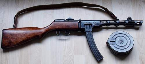 Click image for larger version.  Name:AA PPSH41 STICK AND DRUM DAYTIME LIGHT INDOORS 001 (2).jpg Views:481 Size:228.9 KB ID:448723