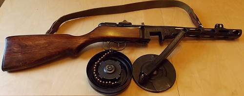 Click image for larger version.  Name:AA PPSH41 STICK AND DRUM DAYTIME LIGHT INDOORS 037 (2).jpg Views:1036 Size:226.8 KB ID:448890