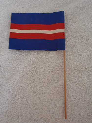 small paper flag (10 x 13 cm), with the colors and logo from the danish resistance