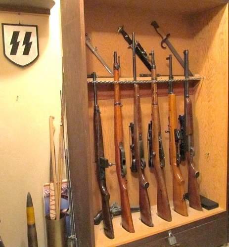 Click image for larger version.  Name:Guns-2.jpg Views:59 Size:113.7 KB ID:522747