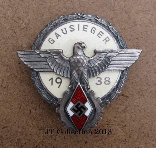 Click image for larger version.  Name:251 Gausieger Badge 1938 (2).jpg Views:149 Size:107.5 KB ID:561155