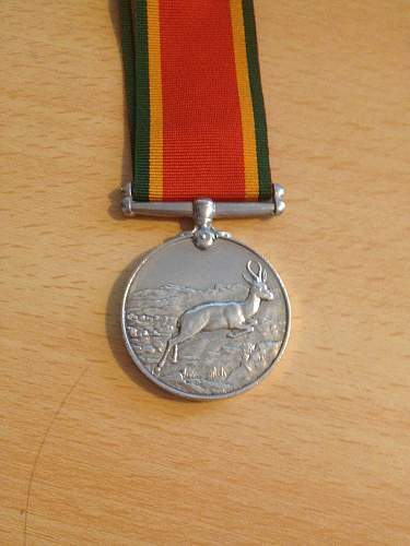 Click image for larger version.  Name:south african service medal 2.jpg Views:16 Size:319.7 KB ID:589307