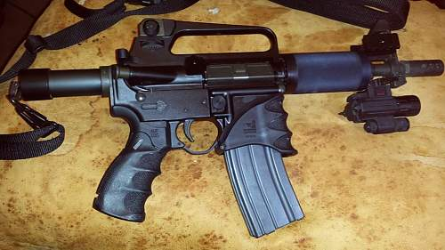 Click image for larger version.  Name:ar pistol.jpg Views:243 Size:98.0 KB ID:610043