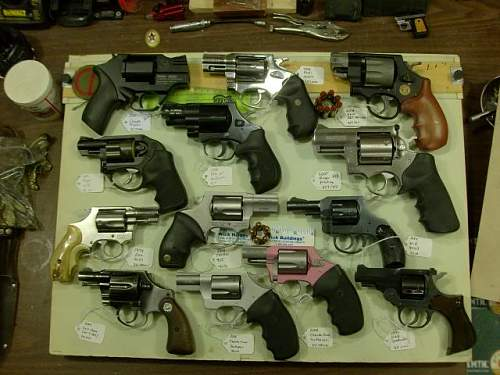 Click image for larger version.  Name:revolvers.jpg Views:122 Size:51.7 KB ID:614084