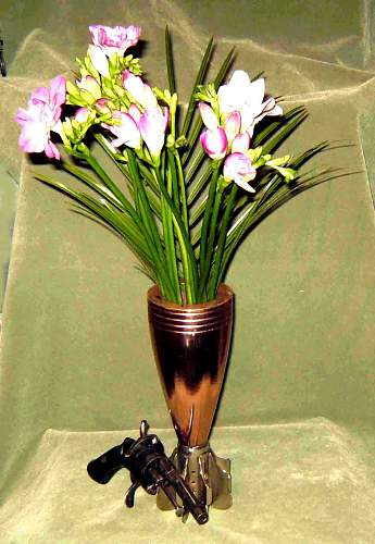 Click image for larger version.  Name:Mle 81 flowers a.jpg Views:88 Size:125.0 KB ID:62118