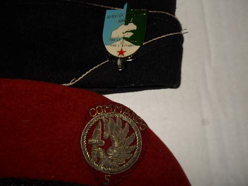 Possible merc flash and beret from Mad Mike Hoare's unit 5 commando