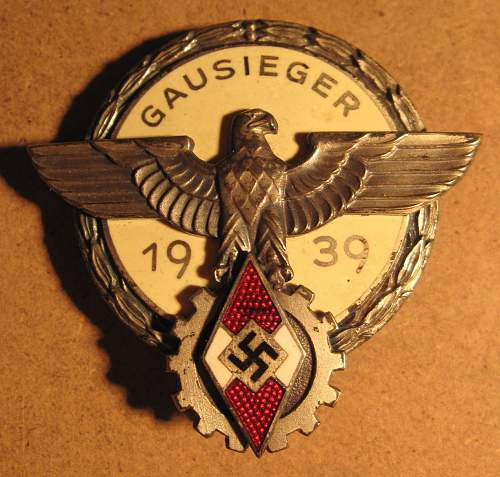Click image for larger version.  Name:252 Gaussieger Badge.jpg Views:40 Size:141.2 KB ID:635340