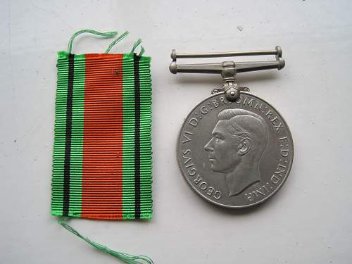 Click image for larger version.  Name:DefenceMedal2.jpg Views:29 Size:216.0 KB ID:637114