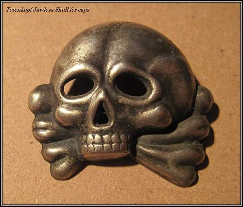 Click image for larger version.  Name:240 Totenkopf Jawless Skull Neusilber for caps.JPG Views:47 Size:176.2 KB ID:643524