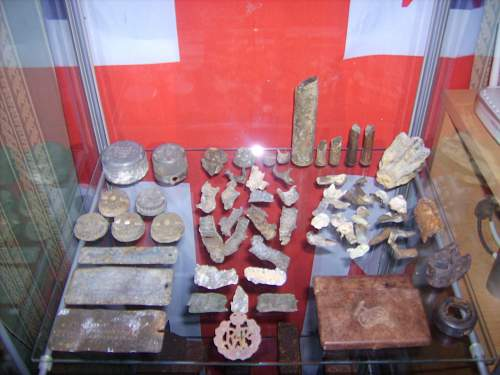 Click image for larger version.  Name:ww2 relics 079.jpg Views:90 Size:222.8 KB ID:64722