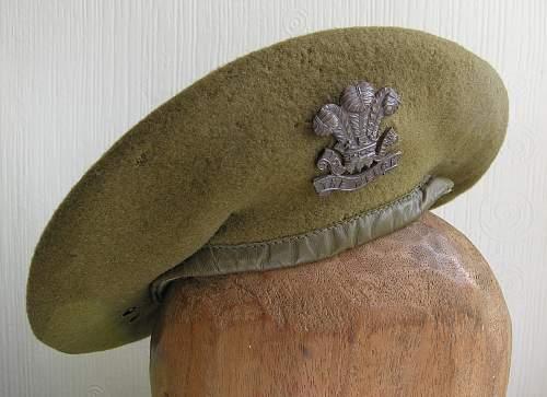 Click image for larger version.  Name:beret welch regiment.jpg Views:59 Size:226.4 KB ID:699981
