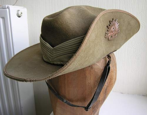 Click image for larger version.  Name:slouch hat 4.jpg Views:37 Size:209.7 KB ID:700037