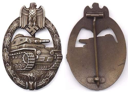 Click image for larger version.  Name:Tank badge bronze dished umked Junker.jpg Views:32 Size:91.7 KB ID:708477