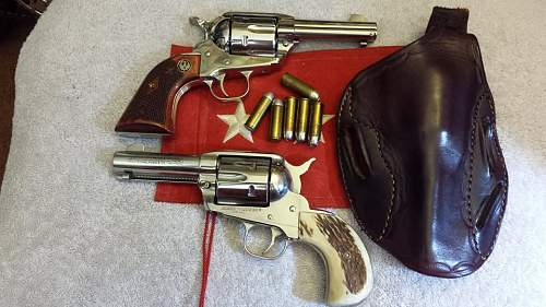 Click image for larger version.  Name:Ruger Vaqueros.jpg Views:78 Size:119.0 KB ID:711699