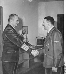 Name:  225px-Bundesarchiv_Bild_183-V00538-3,_Karl_Dönitz,_Adolf_Hitler.jpg Views: 448 Size:  10.7 KB