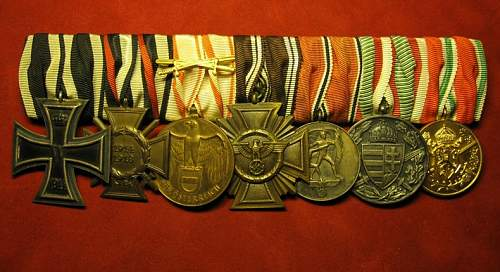 Click image for larger version.  Name:180 Medal bar 7 pce.jpg Views:93 Size:217.7 KB ID:717605