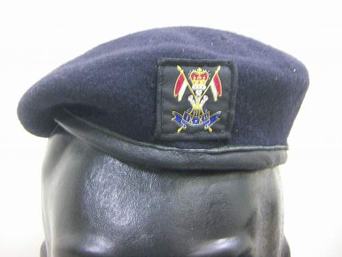 Click image for larger version.  Name:Brit 9-12th Lancers beret 1.jpg Views:165 Size:200.3 KB ID:780617