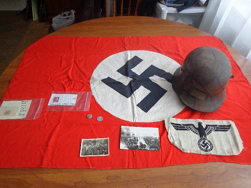 Click image for larger version.  Name:WWII stuffs 2014-11-27 001.JPG Views:50 Size:162.5 KB ID:786352