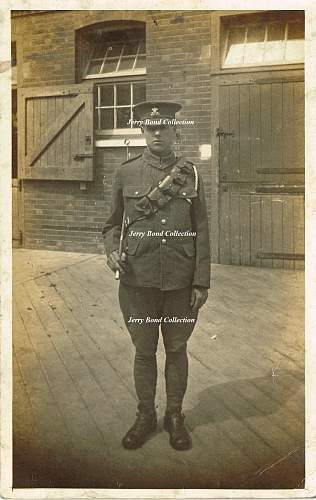 Photo's and post cards of the Welsh regiments