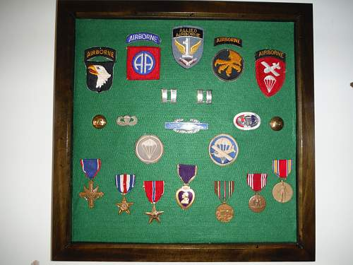 U.S. Airborne patches & medals Frame.