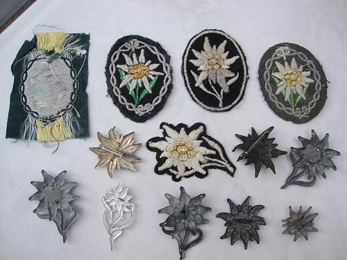 Click image for larger version.  Name:medals 086.jpg Views:226 Size:243.1 KB ID:86144