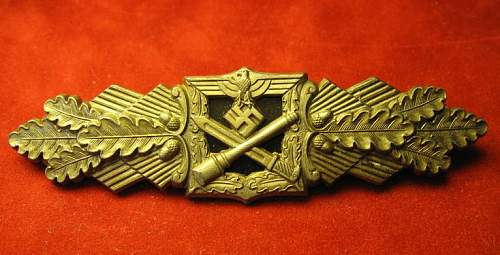 Click image for larger version.  Name:025 Army Close Combat Claps Bronze F&B.L..jpg Views:520 Size:54.1 KB ID:93060