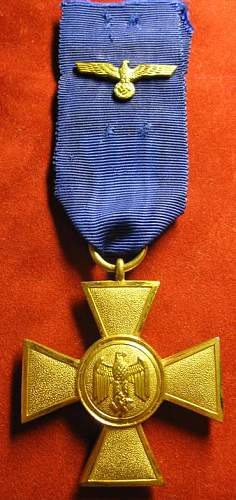 Click image for larger version.  Name:042 Army 25 years Service Medal.jpg Views:207 Size:65.9 KB ID:93392