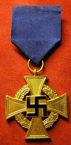 Click image for larger version.  Name:050 Faithful Service Cross 40 years.jpg Views:620 Size:69.8 KB ID:93871