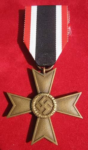 Click image for larger version.  Name:076 War Merit Cross 1 Deschler & Sohn.jpg Views:236 Size:67.6 KB ID:93882