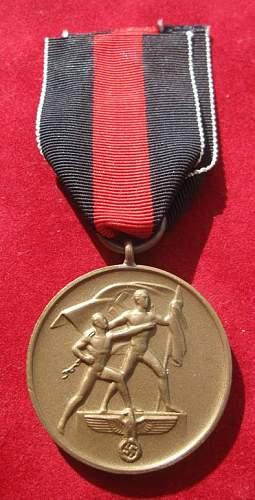 Click image for larger version.  Name:080 Commemorative Medal October 1..jpg Views:172 Size:59.4 KB ID:93955