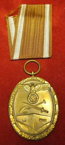 Click image for larger version.  Name:038 Westwall Medal.jpg Views:133 Size:54.5 KB ID:93959