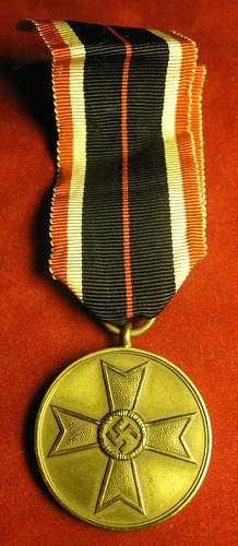 Click image for larger version.  Name:077 War Merit Medal.jpg Views:155 Size:170.0 KB ID:93962