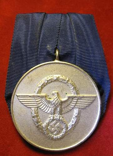 Click image for larger version.  Name:047 Police Long Service Award 8 years.jpg Views:406 Size:61.2 KB ID:94130