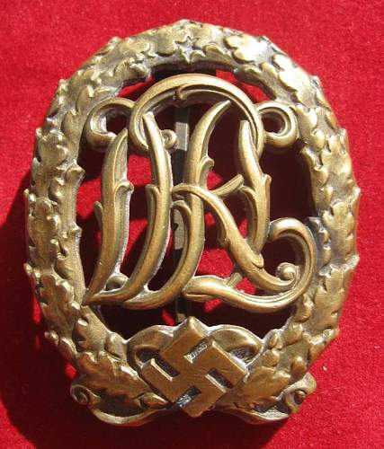 Click image for larger version.  Name:033 DRL Sport Badge Bronze.jpg Views:301 Size:92.9 KB ID:94132