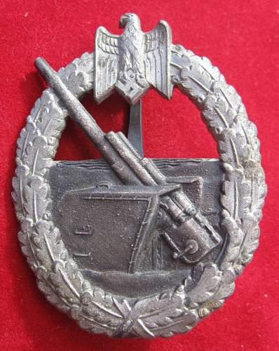 Click image for larger version.  Name:017 Naval Costal Artillery Badge Schwerin Berlin.jpg Views:201 Size:91.5 KB ID:95547