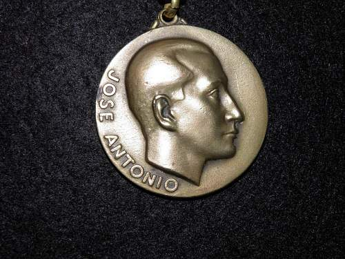 Click image for larger version.  Name:medal3.jpg Views:3 Size:140.9 KB ID:972711