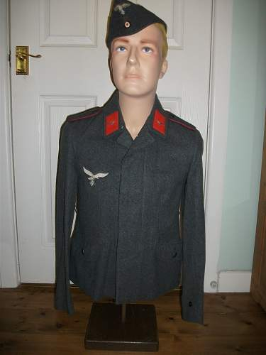 """""""Webster Display"""" Half-mannequin/ Torso (with useful small chest size)."""