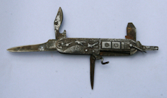 Interesting, perhaps uncommon Hitler Propaganda Folding Knife