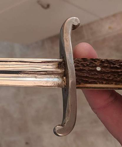 Any information on this type of dagger?