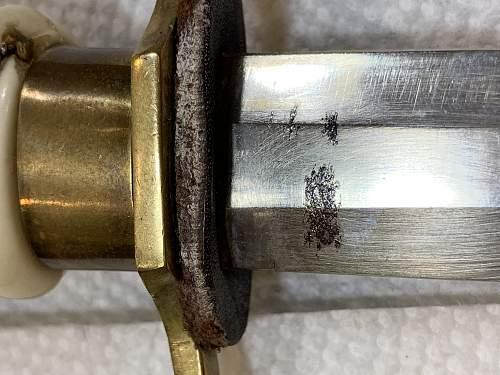 Help identifying dagger